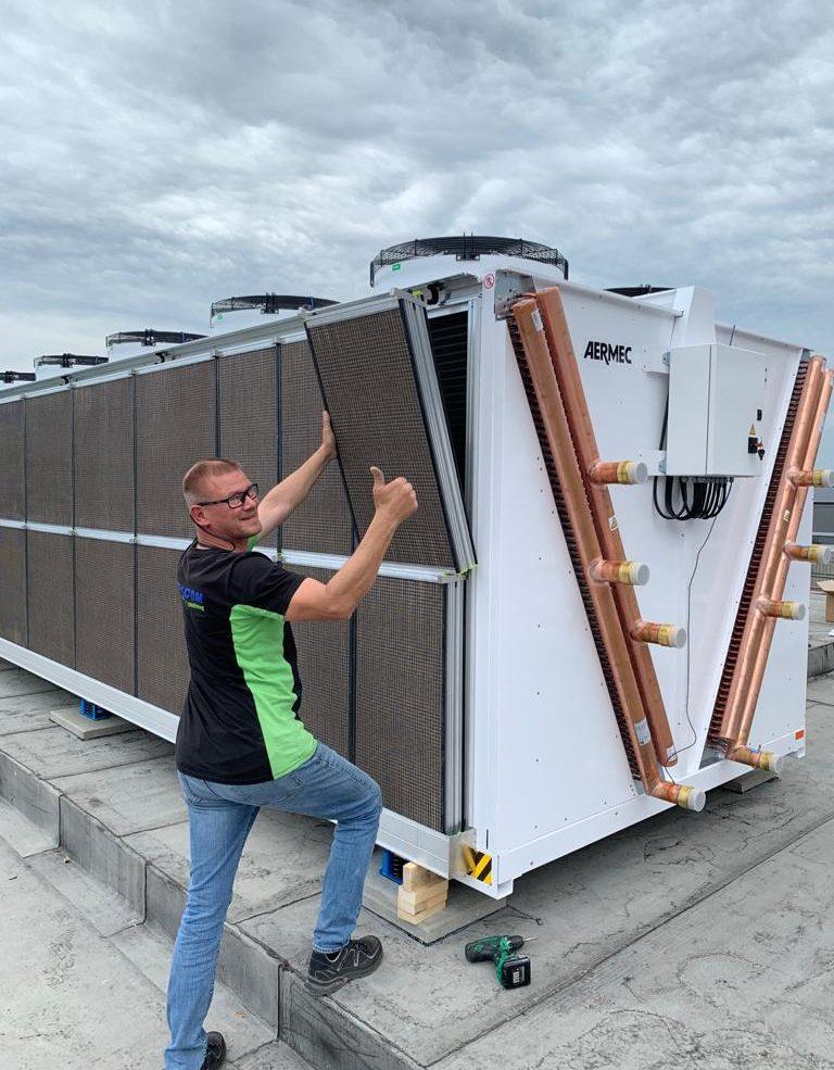 montaggio pannelli data center Sistemi raffrescamento aria